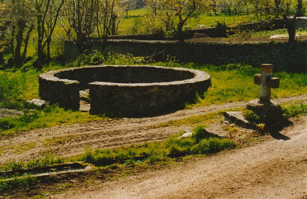 Croix et calvaires au Pays de Loudes
